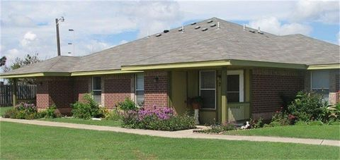 Photo of 122 Ne 27th St, Lamesa, TX 79331