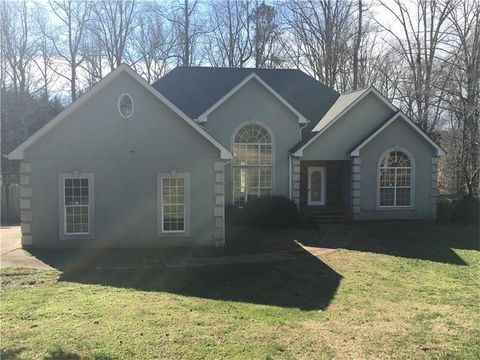 3732 Maple Forge Ln, Gainesville, GA 30504
