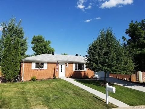 6070 Chase St, Arvada, CO 80003