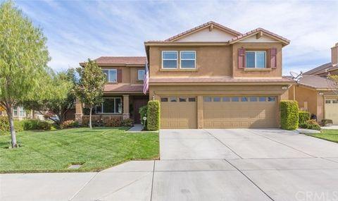 1447 Saddlebrook Way, San Jacinto, CA 92582