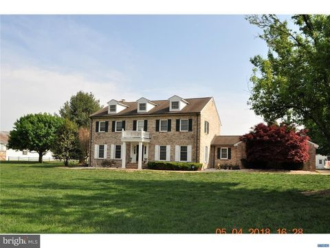 Middletown de houses for sale with swimming pool - Public swimming pools frederick md ...