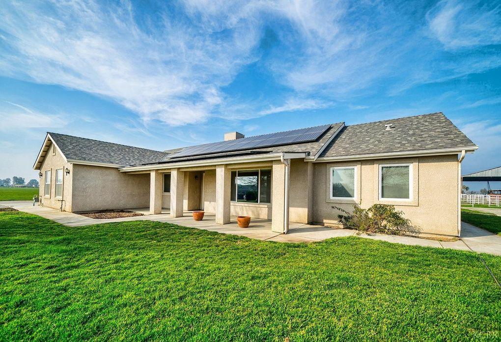 1940 Niles Ave, Corcoran, CA 93212
