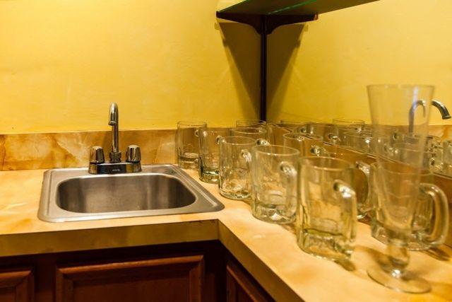 Bathroom Sinks Jackson Ms 1520 fontaine dr, jackson, ms 39211 - realtor®