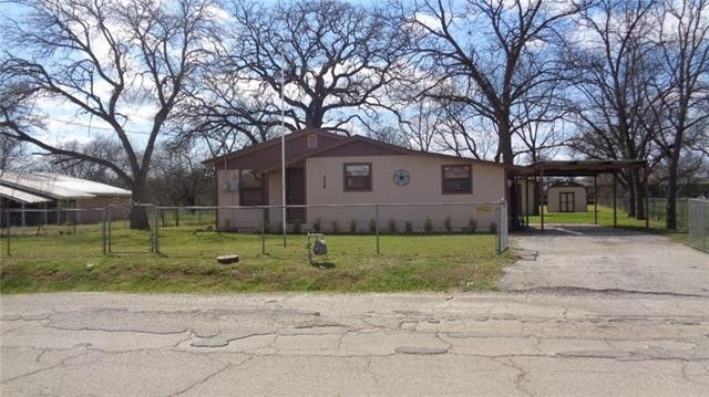 604 SW 15th Ave Mineral Wells, TX 76067