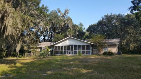 135 River Oaks Rd, Seabrook, SC 29940