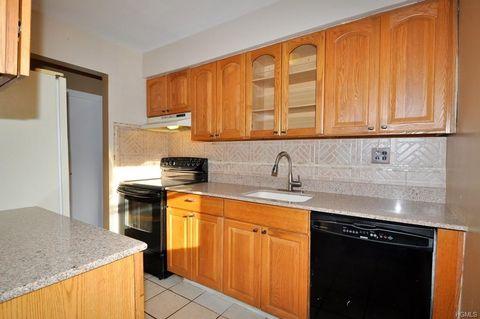 Photo of 125 N Washington Ave Apt 63, Hartsdale, NY 10530