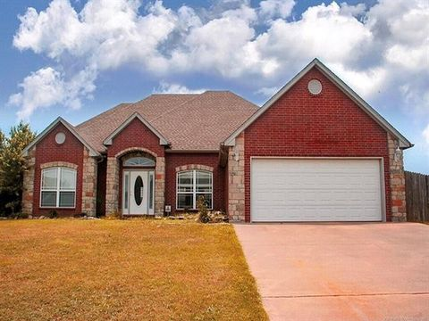 Photo of 1415 Hickory Hills Dr, Fort Gibson, OK 74434
