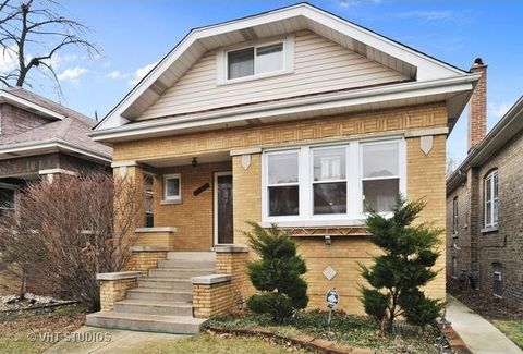 3803 Grove Ave, Berwyn, IL 60402