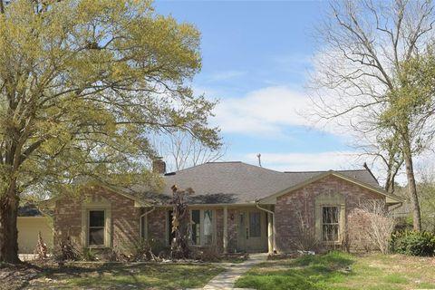 407 Old Bayou Dr, Dickinson, TX 77539