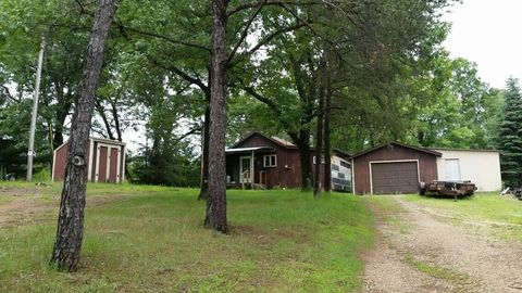 2402 18th Ave, Friendship, WI 53934