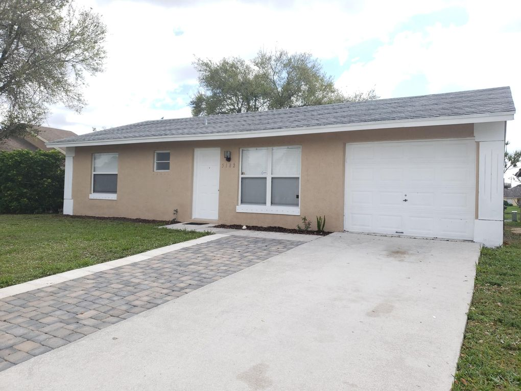 5182 Blueberry Hill Ave Lake Worth Fl 33463 Realtor Com