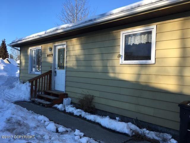 6029 More Ln, Anchorage, AK 99504