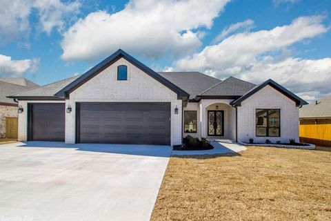 Photo of 1614 Creekview Dr, Sherwood, AR 72120