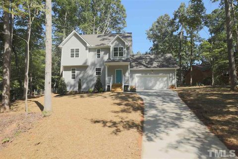 Photo of 7105 Eastover Dr, Raleigh, NC 27603