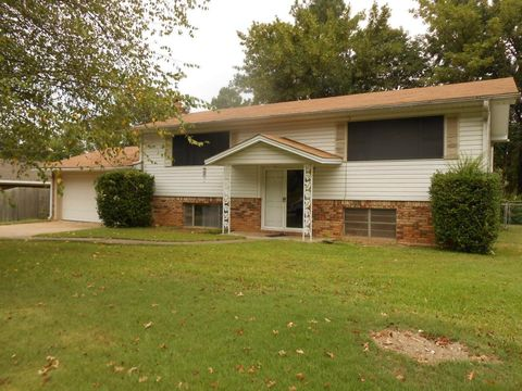 104 w 14th st russellville ar 72801 for 104 terrace view ave