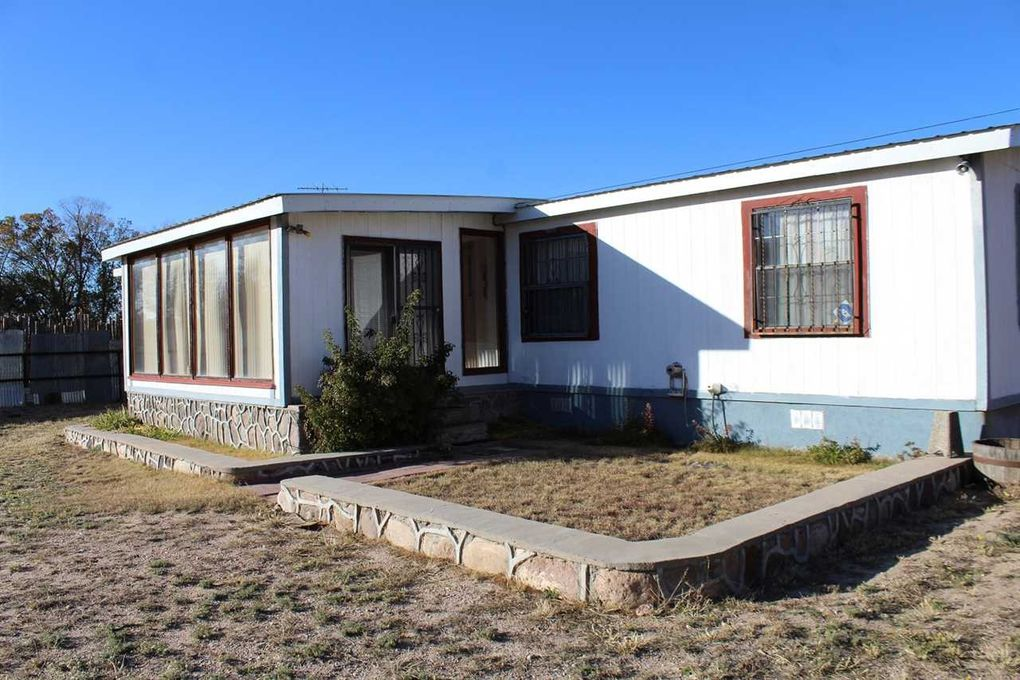 17 Pdr 1427 Cty Rd # 101 Chimayo, NM 87522
