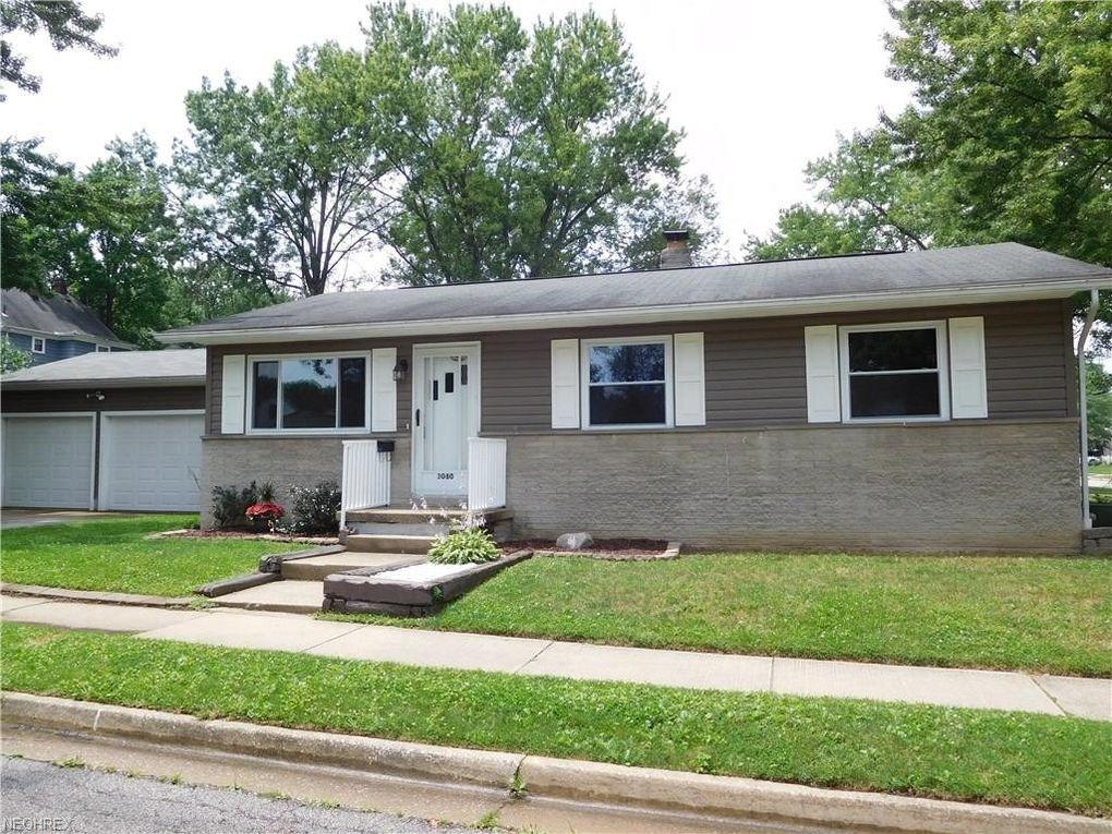 3080 Charles St, Cuyahoga Falls, OH 44221