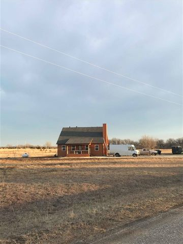 Photo of 7328 Ne Wildlife Ln, El Dorado, KS 67042
