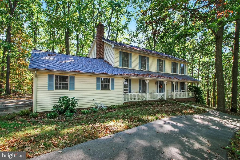 457 Blizzard Ln, Westminster, MD 21157