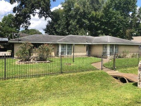 9219 Sandra St, Houston, TX 77016