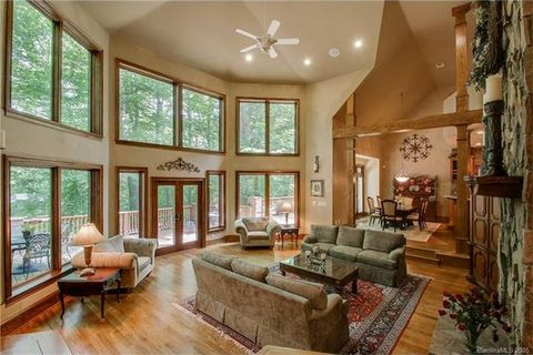296 Culloden Rd, Iron Station, NC 28080