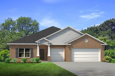 Photo of 330 Merlin Ct, Crestview, FL 32539