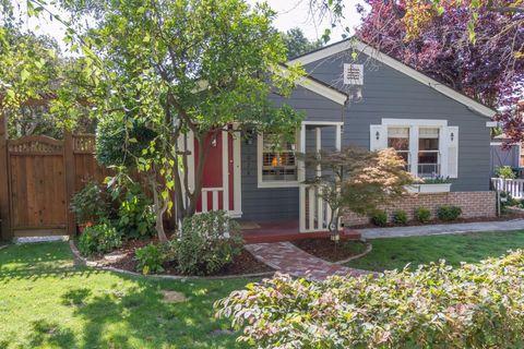 1028 Mundell Ct, Los Altos, CA 94022