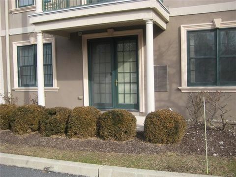 Photo of 2121 Hokendauqua Ave Apt 102, Northampton, PA 18067