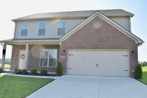 Photo of 108 Waxwing Ln, Nicholasville, KY 40356