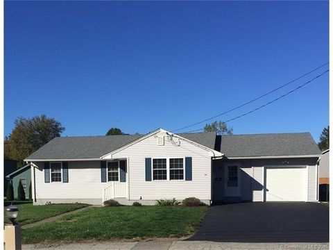 14 William St, Griswold, CT 06351