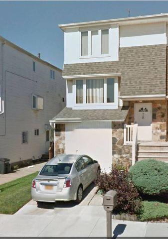 Photo of 78 Rockne St, Staten Island, NY 10314