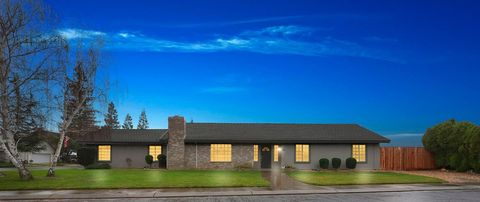 Photo of 13278 E Lockeford Ranch Rd, Lockeford, CA 95237