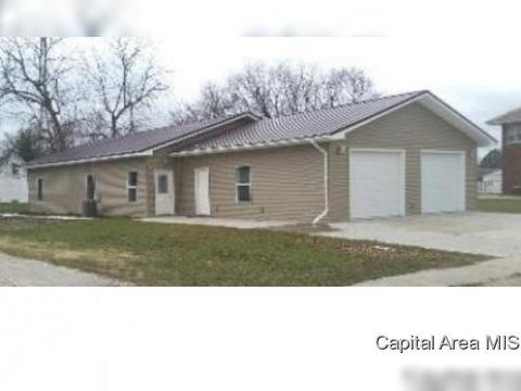 155 W 3rd Ave, Woodhull, IL 61490