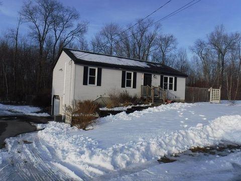 Photo of 1 Carob Ln, East Kingston, NH 03827