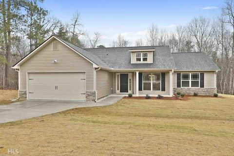 Photo of 305 Esther Dr Unit 22, Grantville, GA 30220