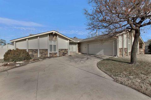 2810 W Cornelison St, Wichita, KS 67203
