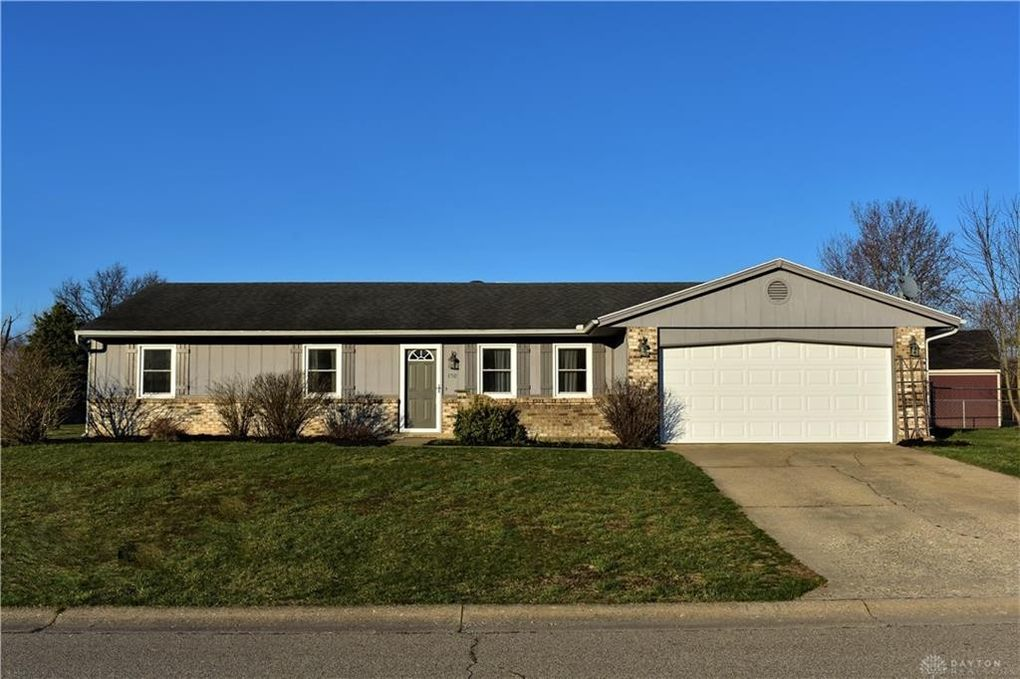 150 Clyde Ct, Carlisle, OH 45005