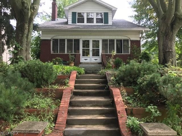 543 Eastland Ave Akron, OH 44305