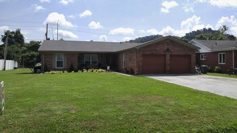 119 Cherry Ln, Pikeville, KY 41501