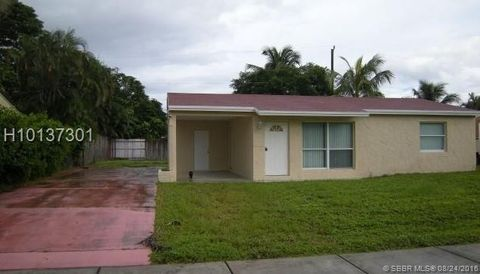 Photo of 2250 Sw 43rd Ter, Fort Lauderdale, FL 33317