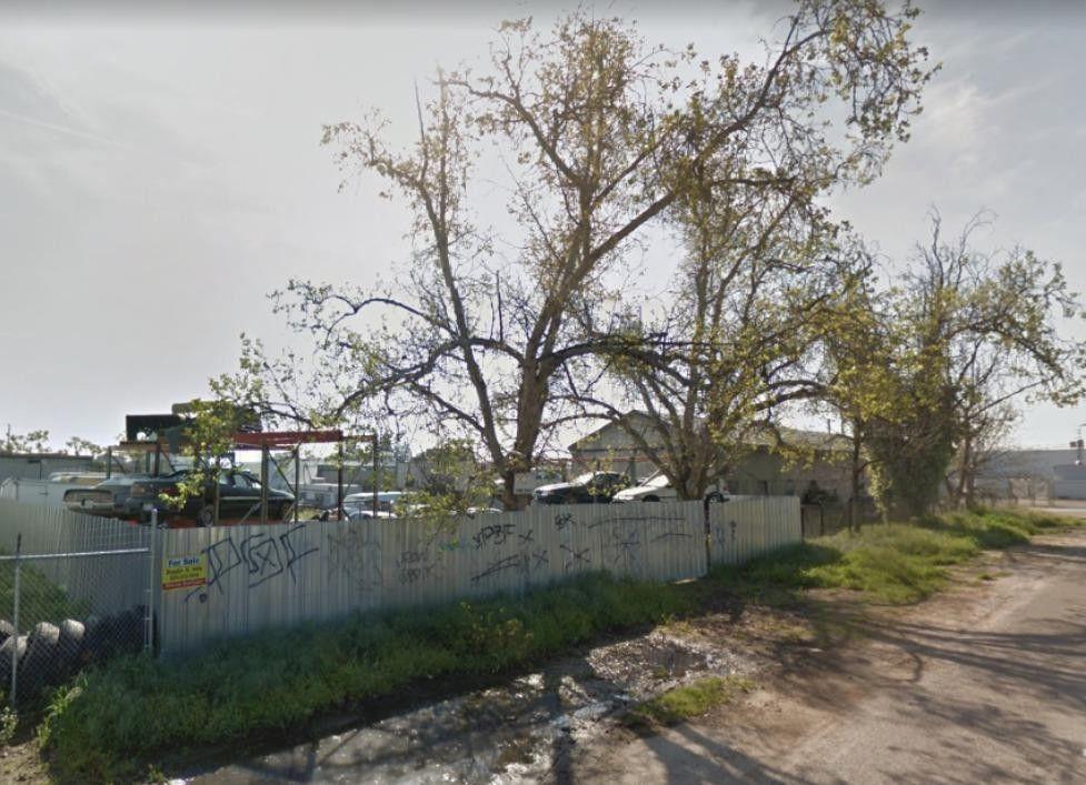 370 N Arthur Ave, Fresno, CA 93706