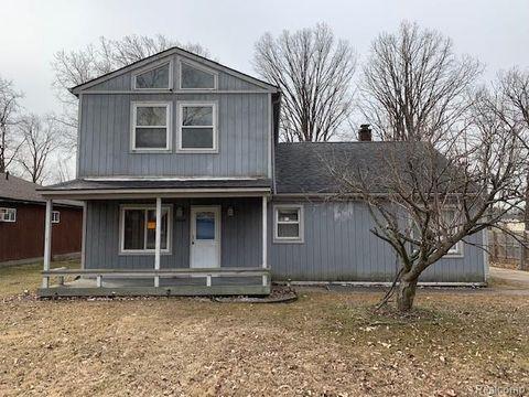 Photo of 23430 Harrellson St, Macomb Township, MI 48042