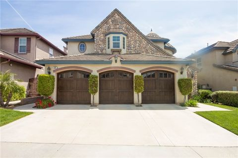 Photo of 512 Lowe Dr, Placentia, CA 92870