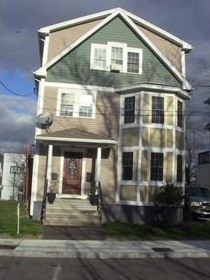 59 Oldfields Rd Unit 1, Boston, MA 02121