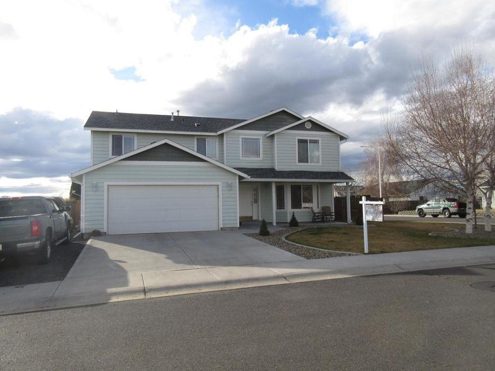 112 Mt Hood St, Yakima, WA 98936