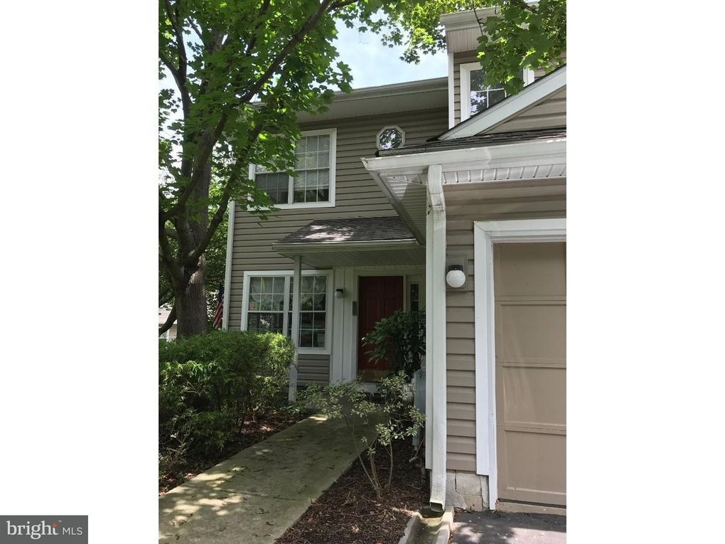 333 Danbury Ct Glen Mills Pa 19342 Realtor Com 174