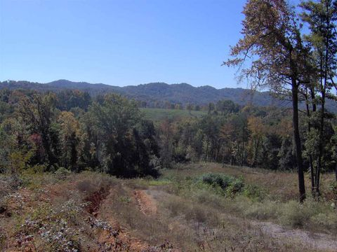 Photo of 126 Gregory Ln, Maynardville, TN 37807
