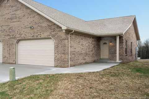 Photo of 104 Spruce Ct, Salem, IN 47167
