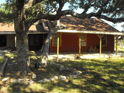 5196 Junction Hwy, Mountain Home, TX 78058