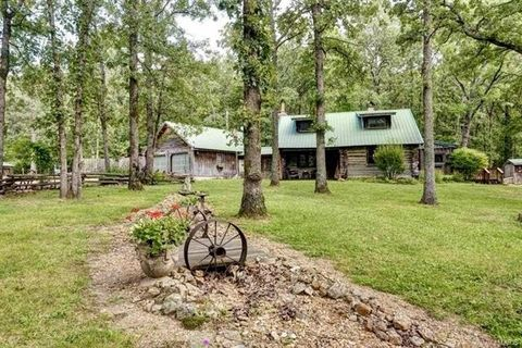 Photo of 505 Barrel Rd, Conway, MO 65632